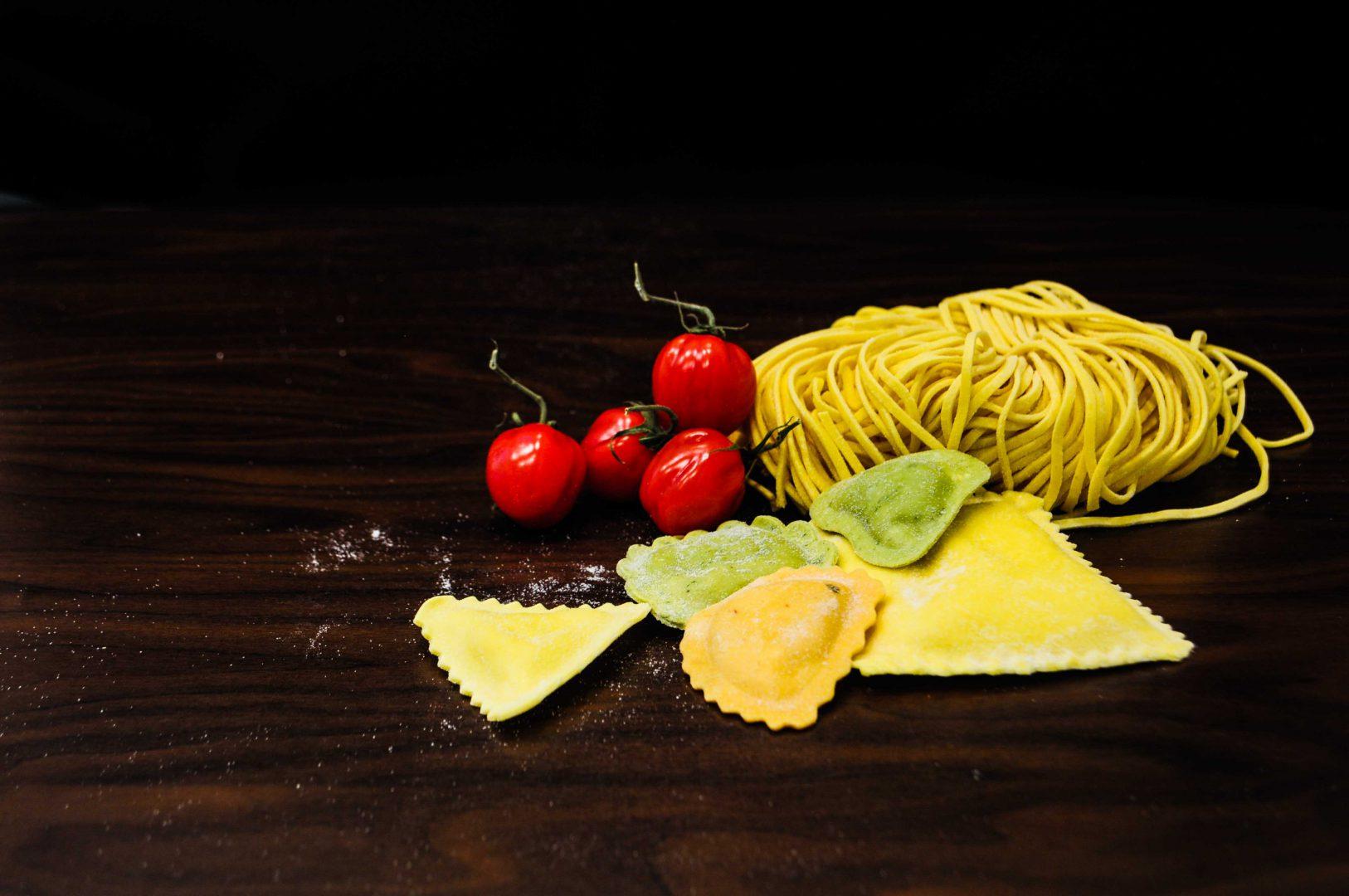 Gefüllte Pasta, Handgemacht-italienische Feinkost